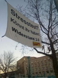 """Banner: """"Stresstest? Könnt ihr haben! Widerstand 2.0″"""